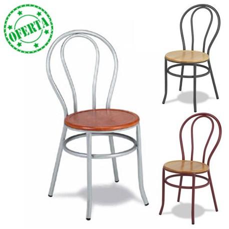 Silla con asiento de madera